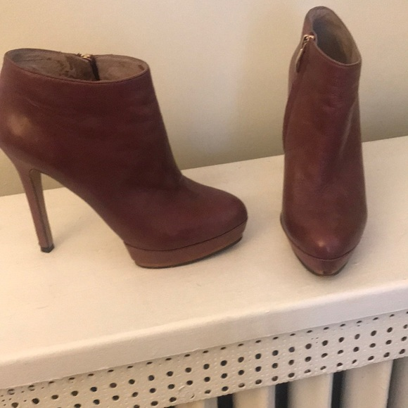 discount hot sales search for genuine Vince Camuto Burgundy Booties
